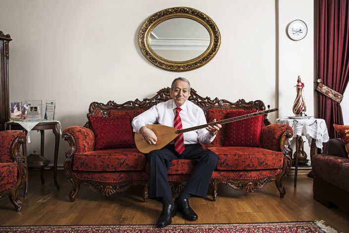 Mehmet Erenler, master of Turkish traditional music.